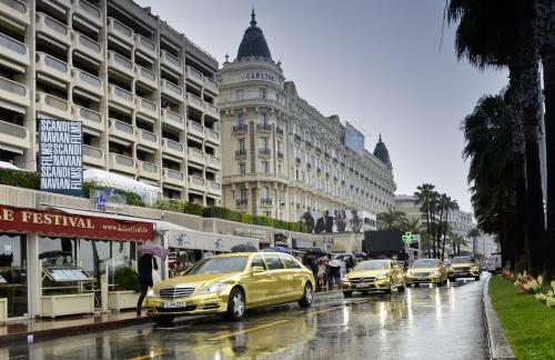Mercedes AMG, Mercedes museum, mercedes s-class, mercedes g-class