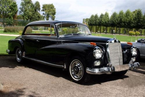Mercedes 300 Adenauer, Mercedes-Benz museum, Mercedes s-class
