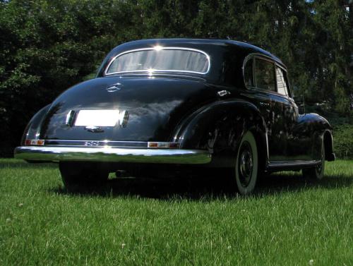 Mercedes 300 Adenauer, Mercedes Benz museum, Mercedes s-class