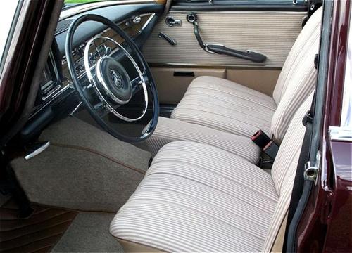 Mercedes W111, Mercedes fintail, Mercedes-Benz museum, mercedes s-class