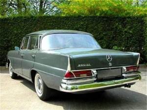 Mercedes-Benz W111